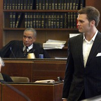 Patriots QB Tom Brady leaves the courtroom in Boston